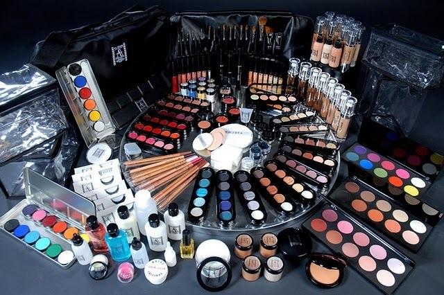 Что нужно для макияжа список