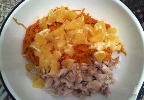 Куриный салат с корейской морковью и апельсинами