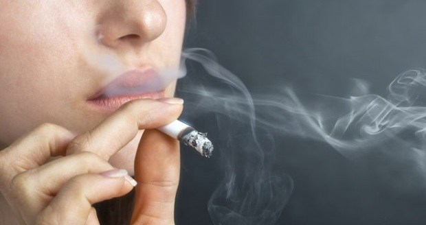 Как курение влияет на зубы?