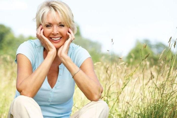 Уход за жирной кожей лица после 40