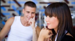Как познакомиться с девушкой в метро или в автобусе