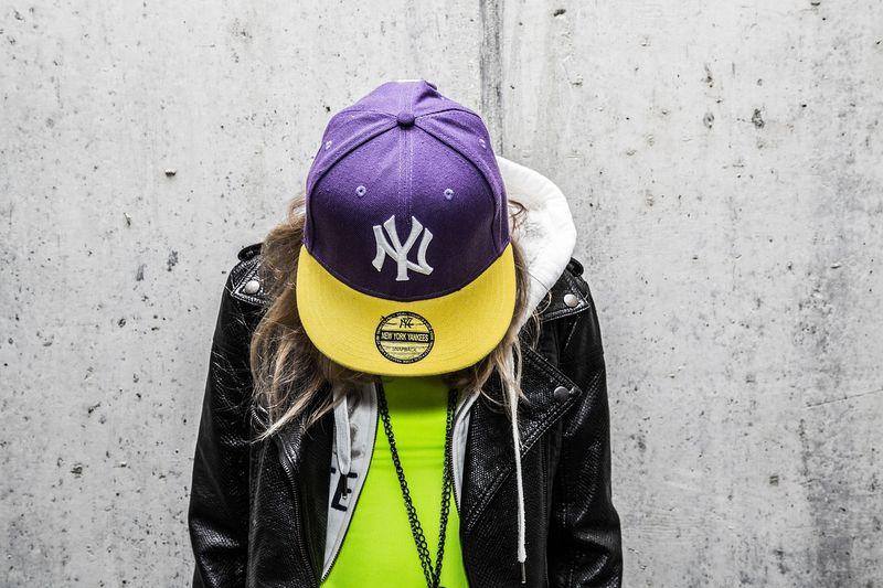 Рэперские кепки – неотъемлемый элемент культуры хип-хопа